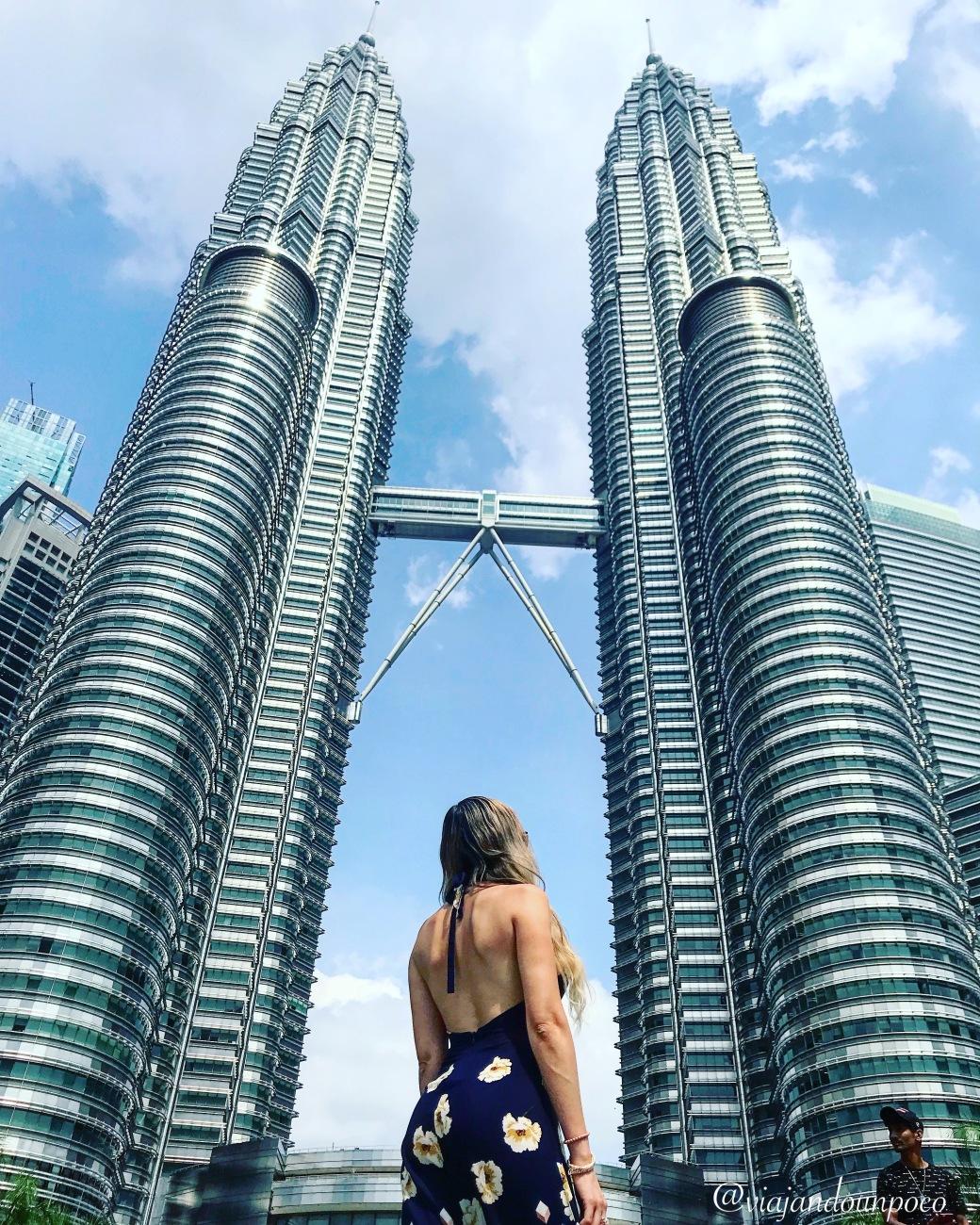 viajando un poco KUALA LUMPUR - Petronas Towers